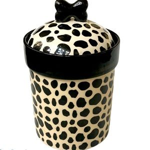 Dalmations spots treat container
